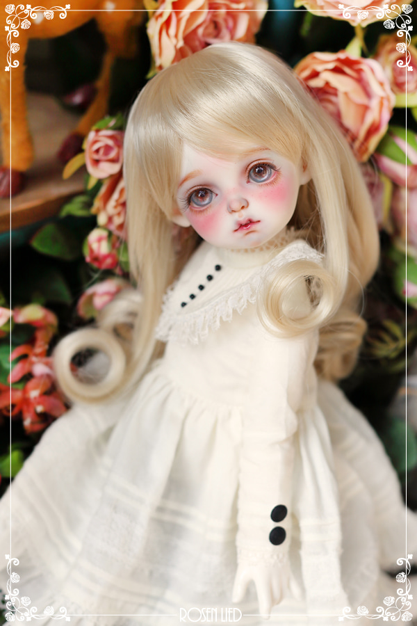 Charming Wig  (New HRF - Blond)