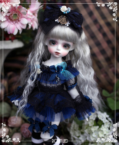 Tuesday's Child Limited Clover ver.2 - Alice Phenomena