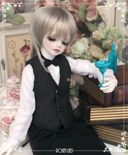Wednesday's Child Limited Arcas (Reverie ver.) -  garcon