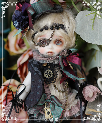 Monday's Child Limited Miu - Madhatter in rosenland 2017