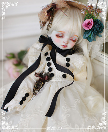RDHL-037 Holiday's Child Limited Dress - Chouette